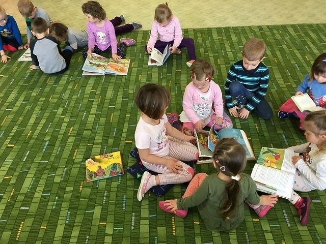 Měsíc knihy - Čteme dětem
